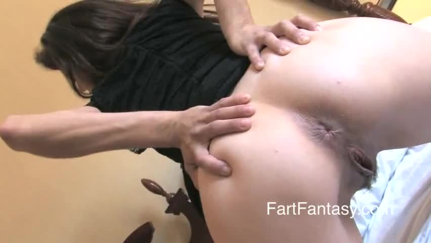 Farting naked girl